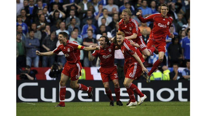 89/136 - Liverpool celebrate, 2007. © Getty Images
