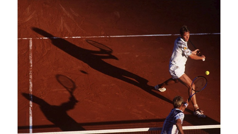 146/161 - Stefan Edberg v Thomas Muster - Monte Carlo, 1994. © Getty Images