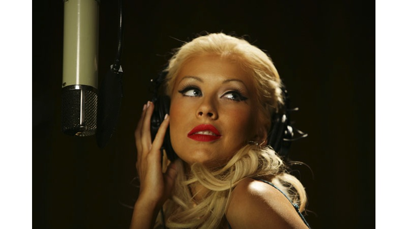 20/41 - Christina Aguilera - Capitol Records, Hollywood, 2005.