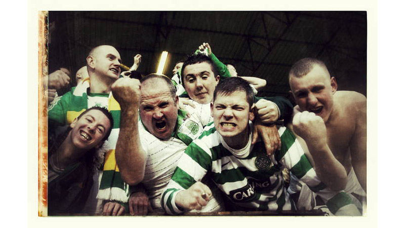 18/38 Glasgow Celtic fans, Dundee, Scotland 2008